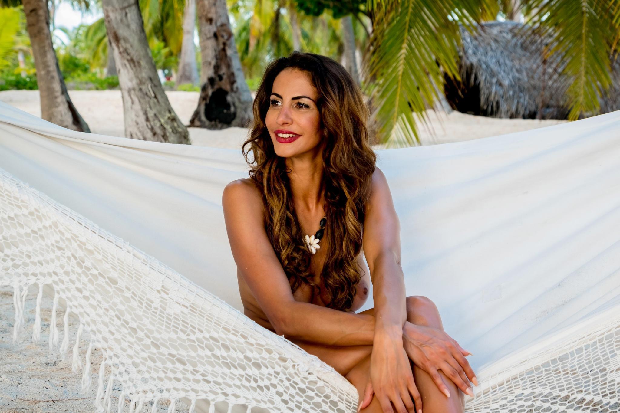 Adam sucht Eva: Janina Youssefian