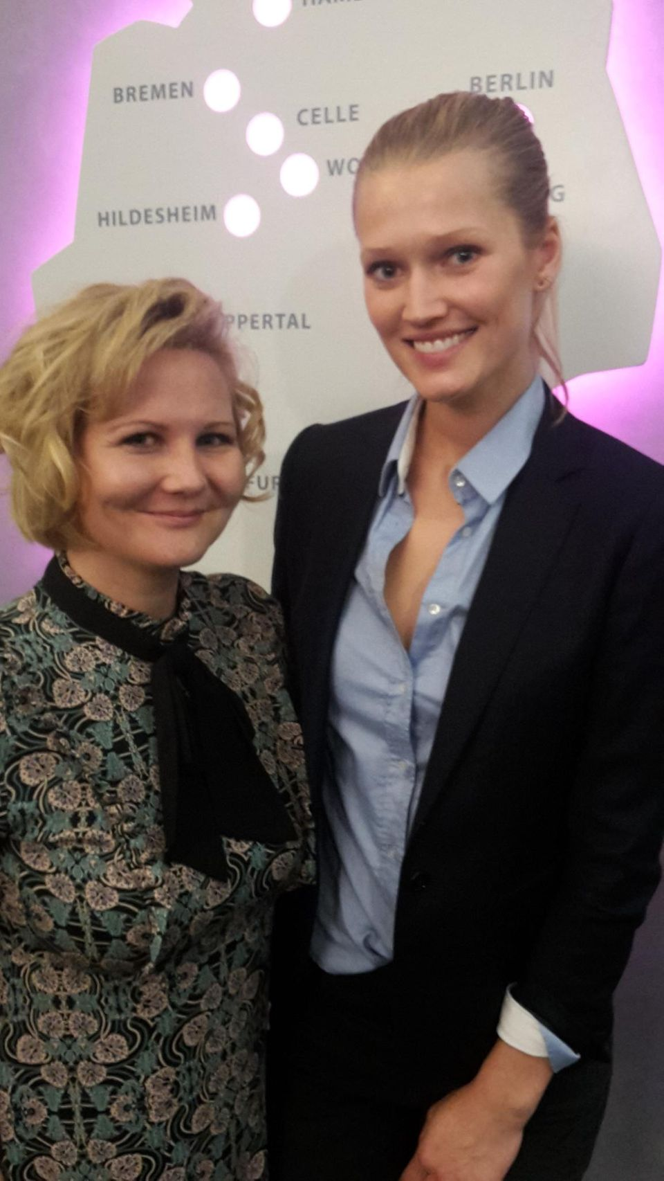 Gala-Redakteurin Jolla sprach mit Toni Garrn