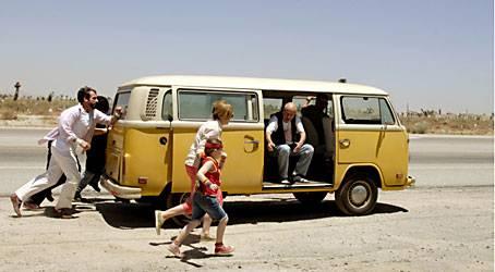 Filmszene: Familie Hoover und ihr klappriger VW-Bus