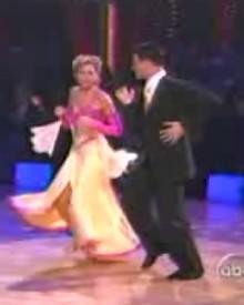 "Heather Mills schlug sich bei ""Dancing With The Stars"" wacker - hier mit Tanzpartner Jonathan Roberts"