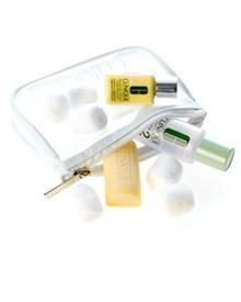 Reiseset von Clinique: Waschstück, Lotion und Moisturizer im Miniformat (ca. 7 Euro)