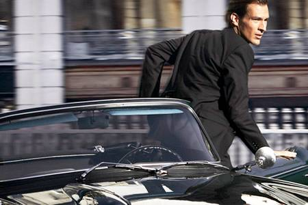 Roman Seefeldt, Trésor - Für ihn durchquert Kate Winslet zielstrebig die Hauptstadt der Liebe: Model Roman Seefeldt umgibt eine
