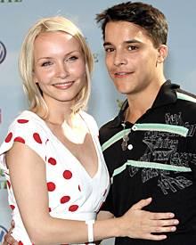Kostja Ullmann mit seiner Freundin Janin Reinhard