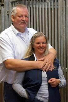 Tamme Hanken (†) und seine Witwe Carmen