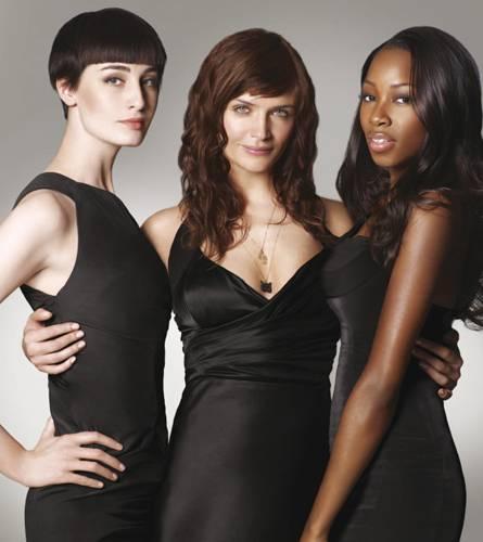 Drei, die sich mit Haaren auskennen: die Models Erin O'Connor, Helena Christensen und Jamelia (v.l.)