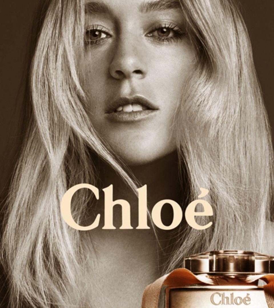 Chloë Sevigny ziert die neue Kampagne in edler Schwarz-Weiß-Optik
