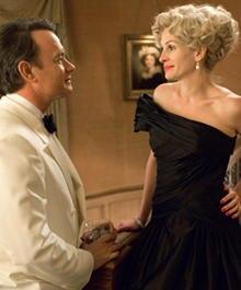 """In """"Der Krieg des Charlie Wilson"""" spielt Tom Hanks den Titelhelden, einen amerikanischen Kongressabgeordneten und Julia Roberts"""