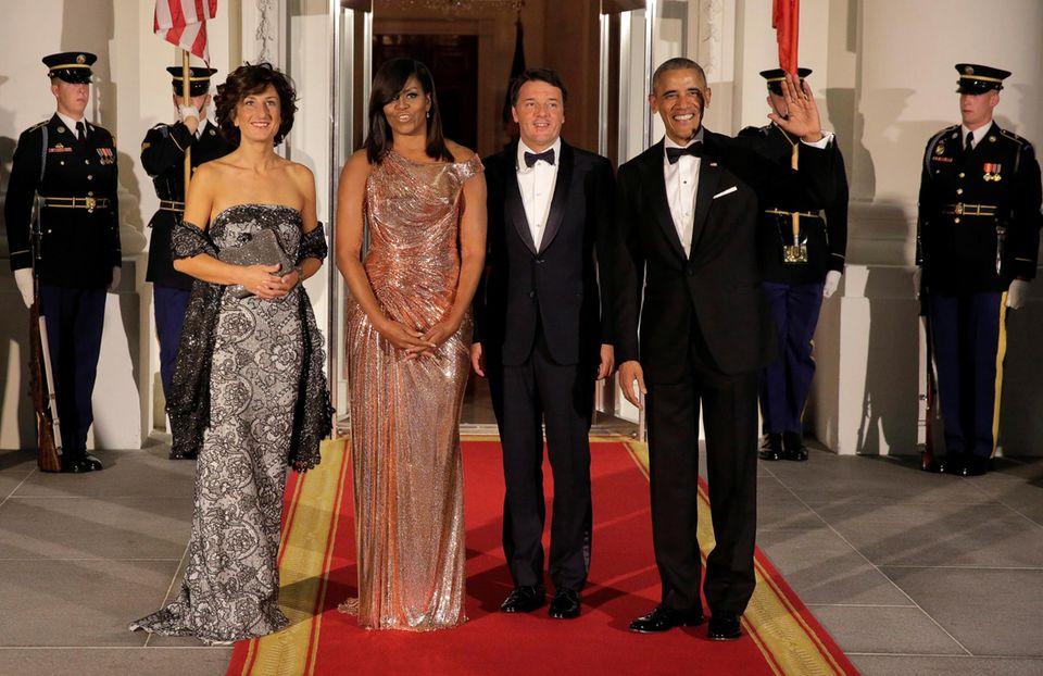 Präsident Barack Obama und seine Frau Michelle Obama empfangen den italienischen Ministerpäsidenten Matteo Renzi und seine Frau Agnese Landini im weißen Haus. Es ist der letzte offizielle Besuch für den Präsidenten. Am 9. Novmeber 2016 wird in den USA gewählt.
