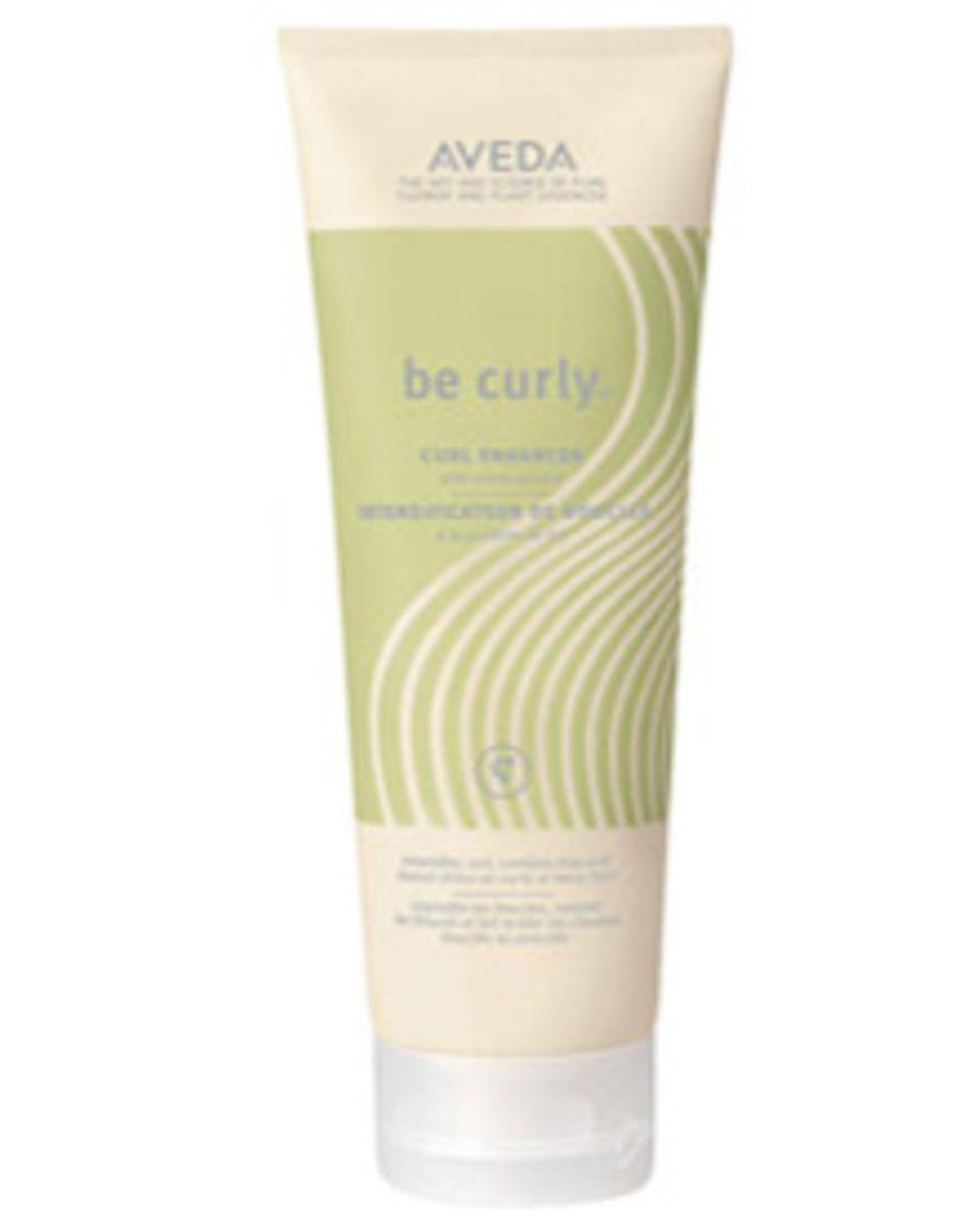 Für frischen Schwung braucht lockiges Haar eine Extraportion Pflege