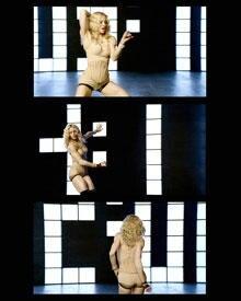 """Madonna in ihrem neuen Video """"Four Minutes"""" in einem supersexy Body im Nude-Look von Dolce & Gabbana"""