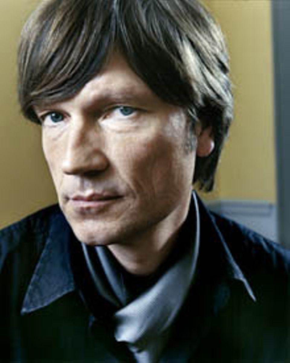"""Roland Suso Richter gehört zu den vielseitigsten deutschen Filmemachern und prägte mit TV-Produktionen wie """"Der Tunnel"""" und """"Dre"""