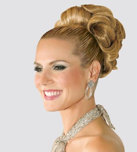 Diesen Style kann keiner toppen - aber nachstylen: Heidis Brautstyle