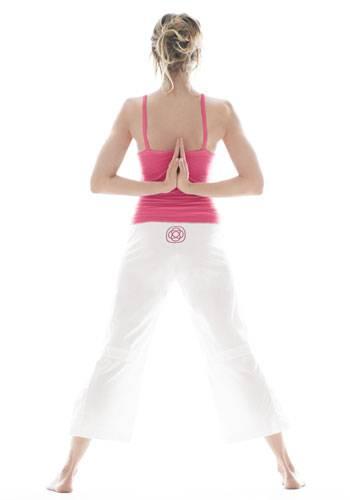 """Top """"Asha"""", ca. 23 Euro, 7/8 Yoga-Pant, ca. 38 Euro"""