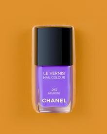 """""""Melrose"""", aus der Kollektion """"Robertson Boulevard"""" von Chanel, ca. 25 Dollar, ab Juli 2008 zu bestellen über www.chanel.com"""