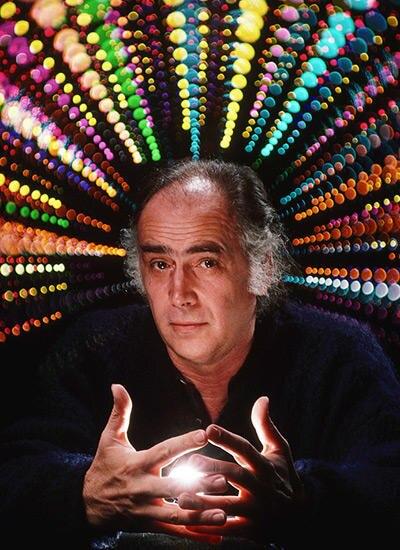 August Coppola, 74, Literaturprofessor