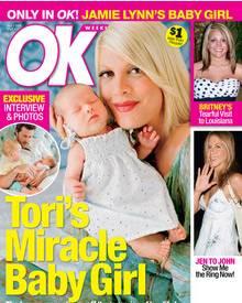 """So präsentiert sich Tori mit Töchterchen Stella Doreen auf dem aktuellen Cover des US-Magazins """"OK"""""""