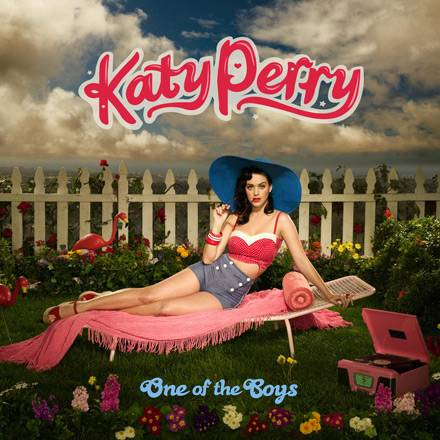 "Ab dem 12. September ist Kates Perrys Album ""One of the Boys"" im handel erhältlich"