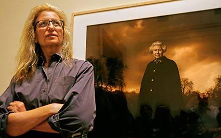 Annie Leibovitz vor einem ganz besonderem ihrer Portraits: Königin Elizabeth II.