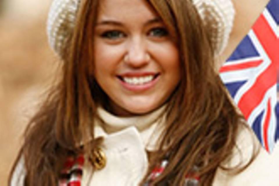 Miley Cyrus mit Union Jack