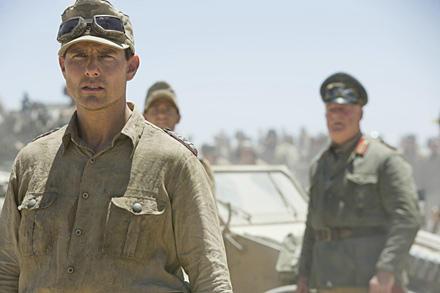 Tom Cruise als Claus Schenk Graf von Stauffenberg. Hier noch unverwundet ohne Augenklappe
