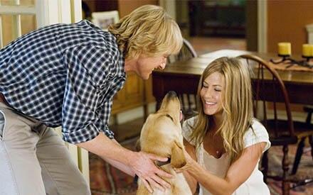Marley und Ich: Mit dem kleinen Labrador Retriever Marley kommt neuer Schwung in das Leben von Jenny (Jennifer Aniston) und John