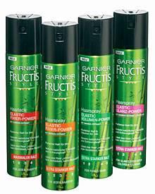 """Rundum-Fixierung der Hochsteckfrisur ohne Verkleben: """"Elastic Fixier-Power"""" Haarsprays, von Garnier Fructis Style, je ca. 2,50 E"""