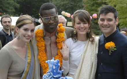 Turbulentes, warmherziges Familiendrama mit Anne Hathaway