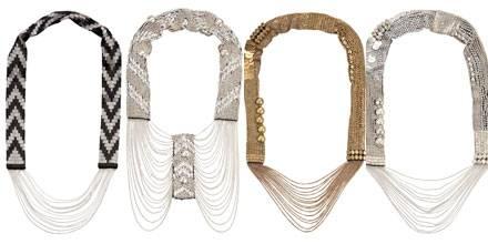 "Direktimport aus London: ""Silver/Black Necklace Coco"", ""Silver Chain Necklace Lane"", ""Golden + Silver Necklace Sylvie"". Colliers"