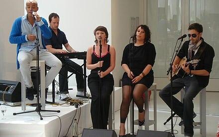 Dennis Lisk sorgte für angenehme Klänge in der Lounge