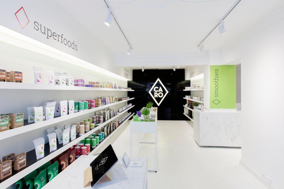 In ihrem Store in Hamburg-Eppendorf berät Carolin Meyer Kunden, die gesund leben und ihren Körper optimieren wollen. Auch eine Frischetheke gehört zum Store-Konzept dazu.