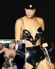 Lady GaGa in Thierry Mugler 1