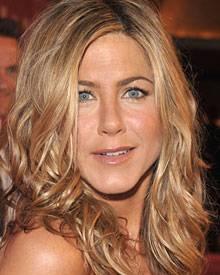 """Jennifer Aniston steht auf natürliche Highlights im Free-Style: """"Balayage"""" heißt die aufwändige Strähnchen-Technik"""