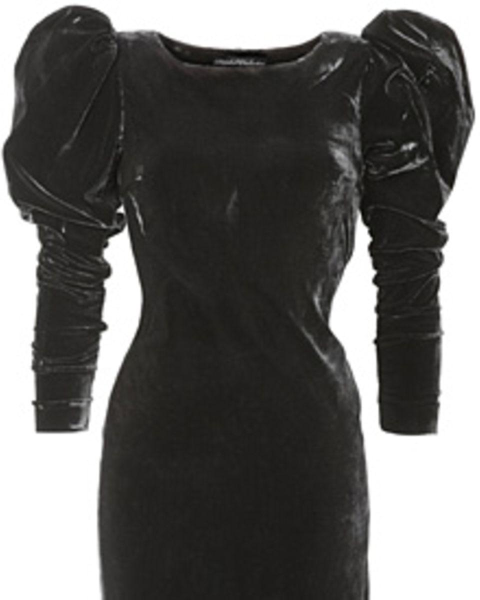 """Samtige Silhouette mit Luxus-Schultern: Minikleid aus 100% Viskose von H&M """"Divided Exclusive"""", ca. 50 Euro"""