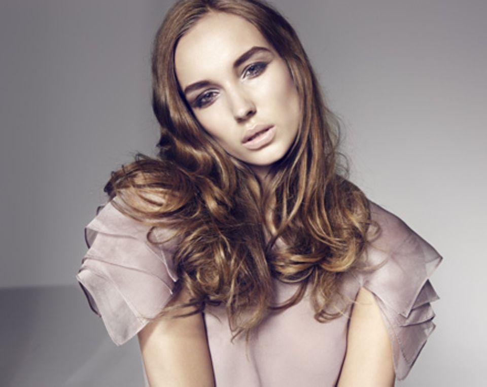 Lust auf eine neue Frisur? Dann finden Sie die Trendshow in der neuen GALAstyle: Die Londoner Hairstylistin Sally Brooks hat Des