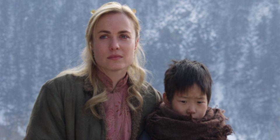 Auch Lee Pearson (Radha Mitchell) ist um das Wohl der Waisenkinder besorgt
