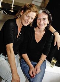Auch zwei Jan Josef-Fans: Der deutsche Schauspiel-Star Susanne von Borsody und Künstlerin Corinna Altenhof