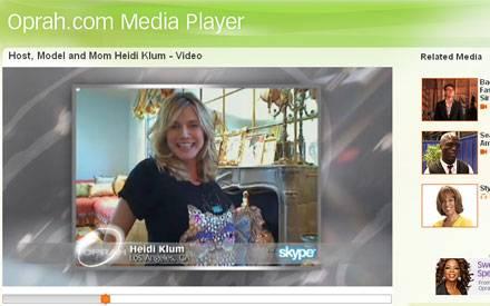 Strahlende Vierfachmama: heidi Klum ließ sich über Skype ins Oprah-Studio schalten.