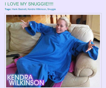 Kendra Wilkinson freut sich über ihre neue Schmusedecke