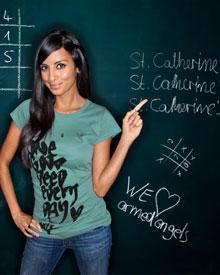Designerin für den guten Zweck: Collien unterstützt mit ihren Shirts ein indisches Kinderheim.