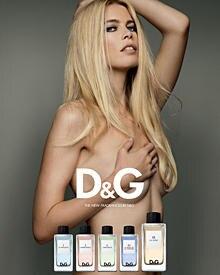"""In bester Brigitte-Bardot-Manier posierte Claudia Schiffer für """"D&G""""."""