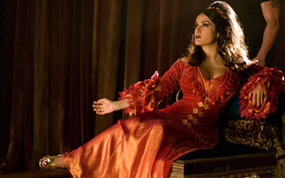 Haarige Rollen: Nach Frida Karlos Monobraue überzeugt Salma Hayek jetzt mit Vollbart.