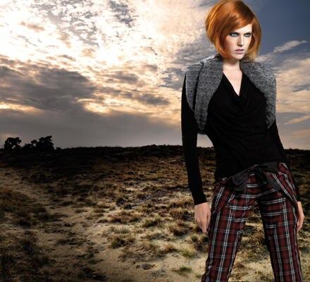 Opulenter Strick gibt Anja Gockels Kollektion Charakter.