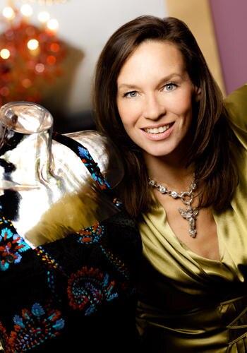"""Modedesignerin Anja Gockel hat für ihre Herbst/Winter-Kollektion 2010/11 """"Treasures"""" das Wertvolle und Unverwechselbare gesucht."""