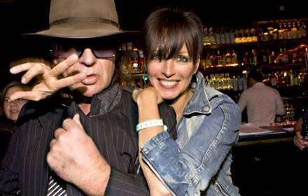 Nena hat Spaß mit ihrem guten Freund Udo Lindenberg.
