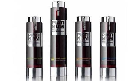 Mit diesem vier Produkten will Marcus Schenkenberg dem Altern ein Schnippchen schlagen.