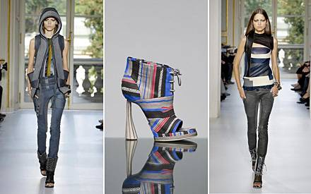 Balenciagas aktuelle Kollektion überrascht durch sehr sportive Anmutung. Farbige Blockstreifen lockern die strengen Silhouetten