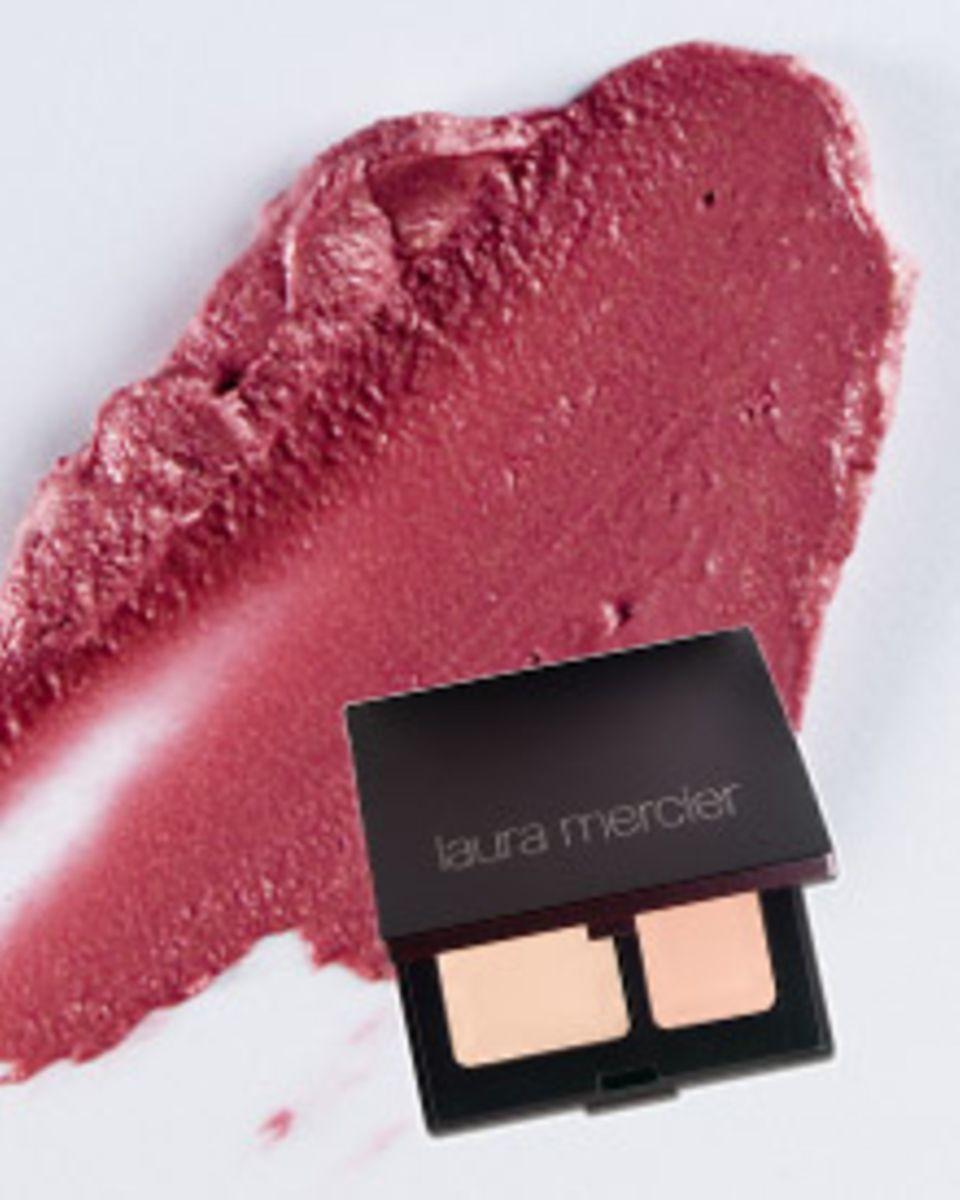 Loni Baurs Glow-Geheimnis: eine kleine Menge Creme aufs Gesicht, dazu Creme-Rouge und Concealer.