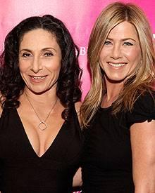 Yogalosophy-Erfinderin Mandy Ingber und Jennifer Aniston teilen die Liebe für Yoga.