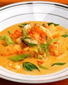 Thailändische Kürbis-Kokossuppe
