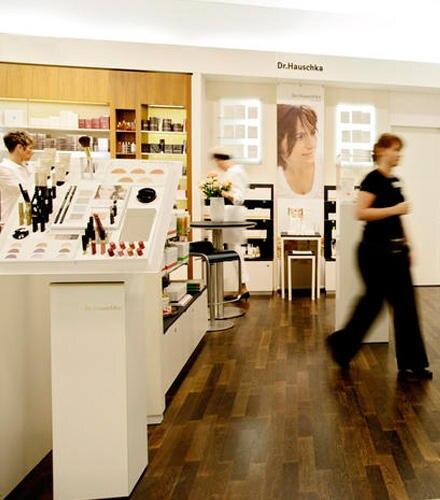 Dr.-Hauschka-Counter im Breuninger, Stuttgart